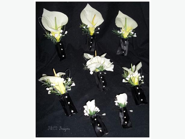brand new 17 piece wedding flower set