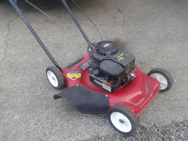 3 Gas Lawnmowers