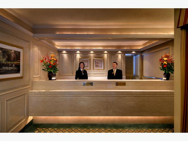 Weekend Hotel Night Auditor