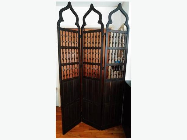 """""""7ft Tall"""" Persian Style Room Divider"""