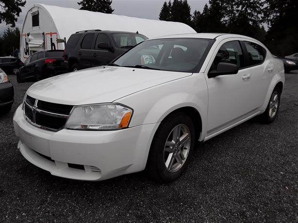 2008 Dodge Avenger SXT, Bluetooth radio, 200K km, nice interior.
