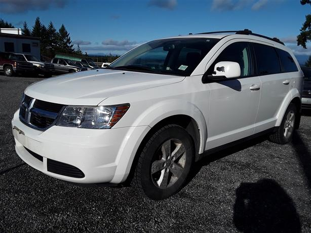 2009 Dodge Journey, LOW KM'S, Bluetooth radio, auto transmission, 6 cyl.