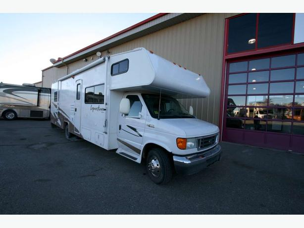 2006 Coachmen Leprachaun 317KS - Stock# 17158U