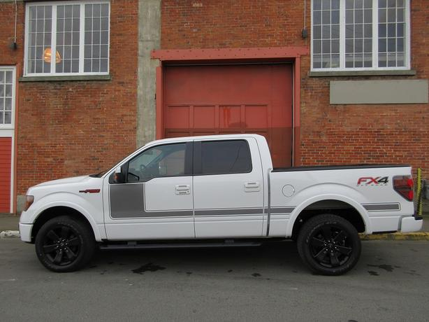 2012 Ford F150 FX4 SuperCrew 4x4 - LOCAL BC TRUCK! - NO ACCIDENTS!