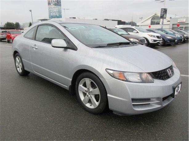 2010 Honda Civic LX  Coupe Sunroof Low Kilometers