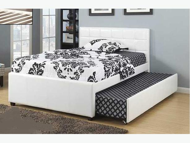 Brand New Beautiful Pillow-Top Sofa Bed (Click Clack) With Free Delivery in GTA