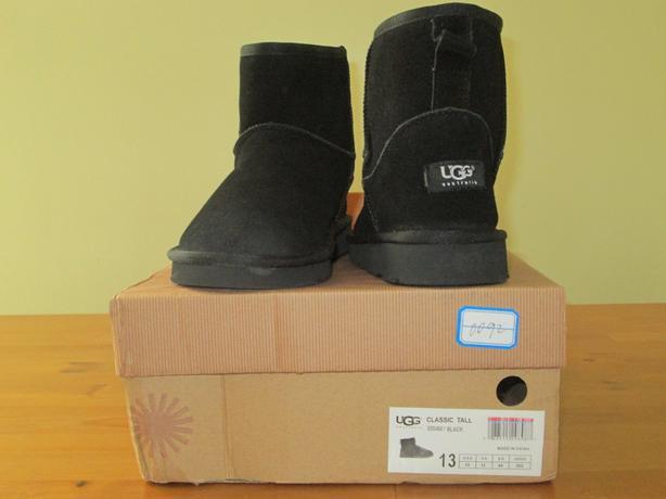 Womens UGG-like Boots