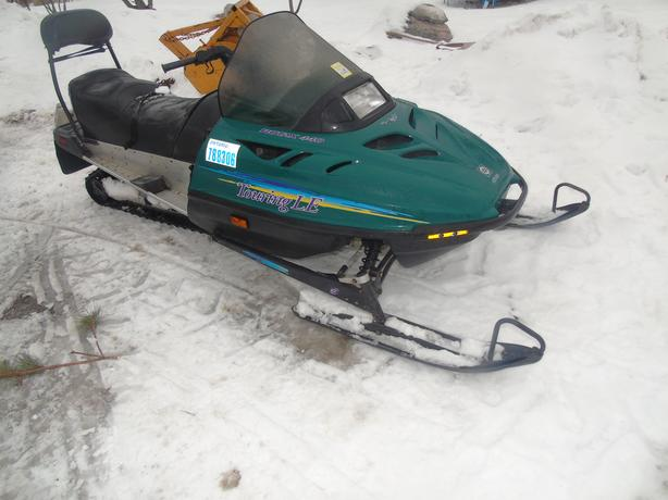 ski doo touring LE long track  2 up seat excellent condition