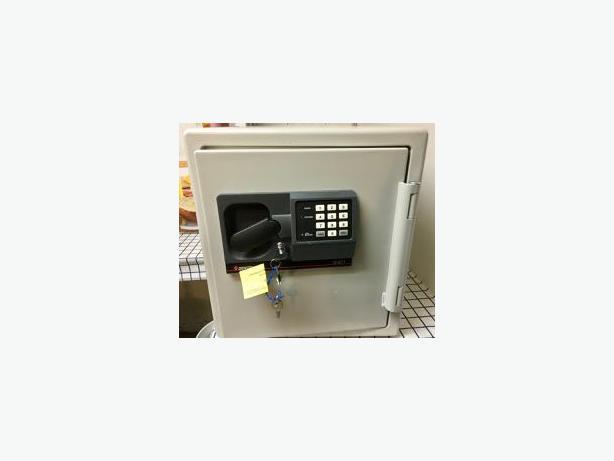Sentry Safe S3871