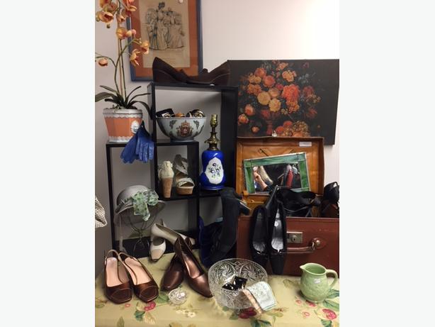 Hand in Hand Thrift Shop