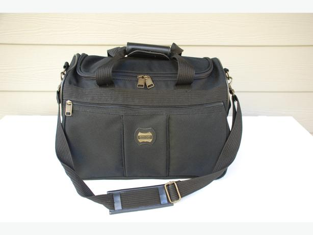 "Black Canvas Duffel Bag For Sale (15"", American Tourister)"