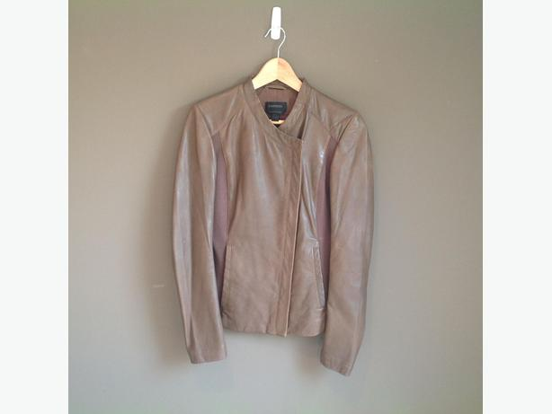 Excellent Condition Danier Leather Jacket  Sz- XS