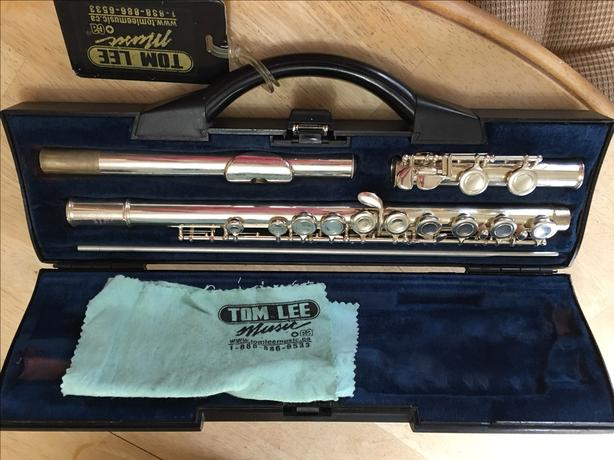 Silver-plated Buffet Crampon flute made in England + Music Book