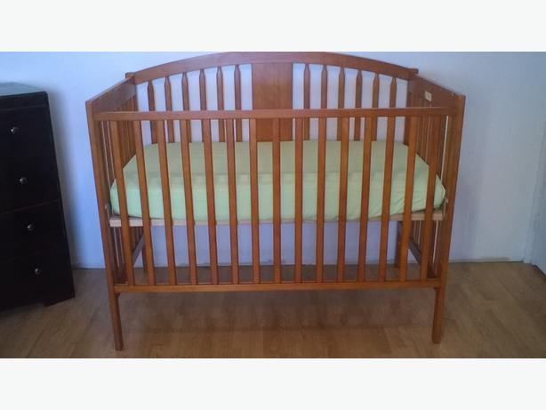 Crib/ Toddler Bed
