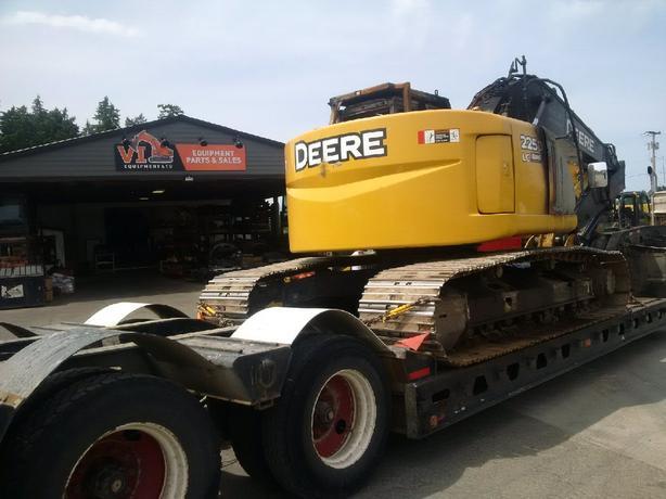 John Deere 225D LC Excavator Parts