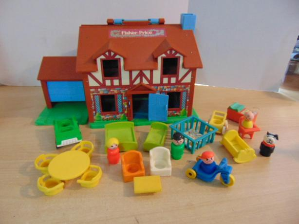 Fisher Price Little People Vintage Tudor House Doll House And