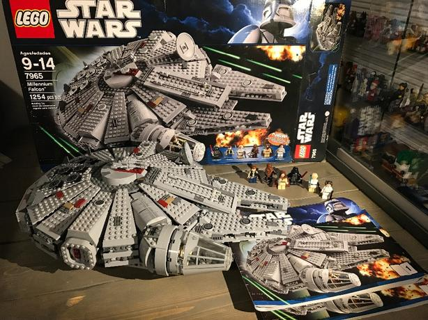 Lego Star Wars 7965 Millennium Falcon 100 Complete W Instructions
