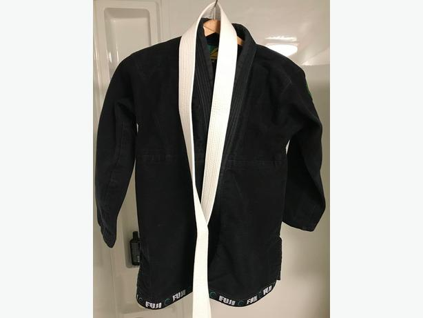 Youth BJJ gi in excellent condition