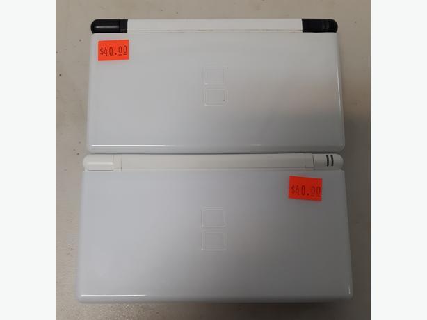 Nintendo DS Lite Consoles