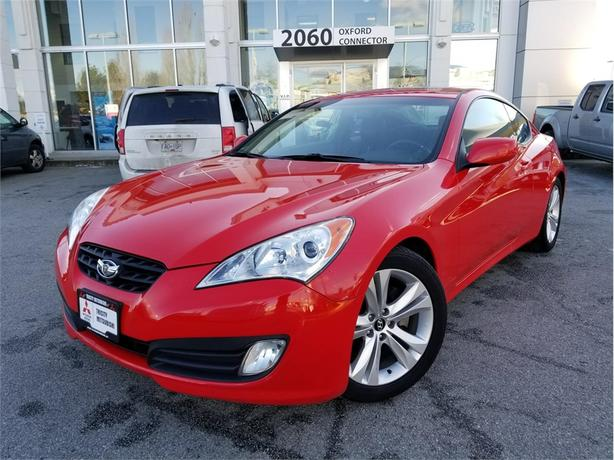 2012 Hyundai Genesis 2.0L TURBO WITH LEATHER & SUNROOF, MANUAL