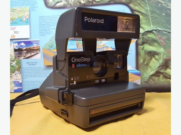Polaroid OneStep Closeup Instant Film Land Camera ~ NEAR MINT & BARELY USED