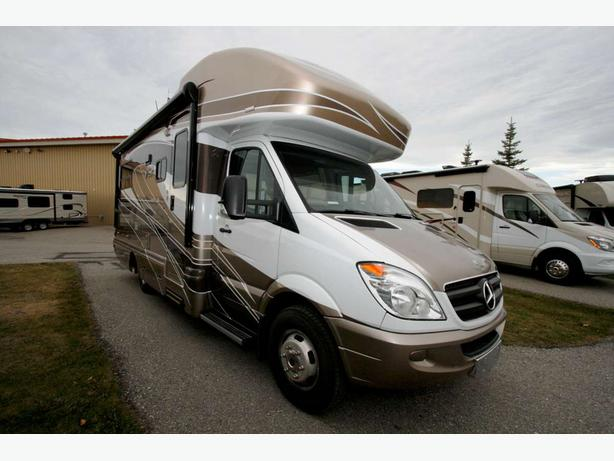 2012 Winnebago View Sprinter 24J - 17117X