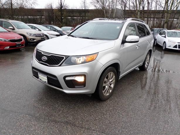 2012 KIA Sorento SX, 7 passenger, V6, no accidents and ready to go!