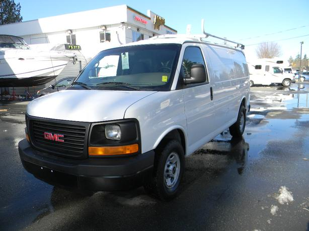2009 GMC Savana Cargo Van