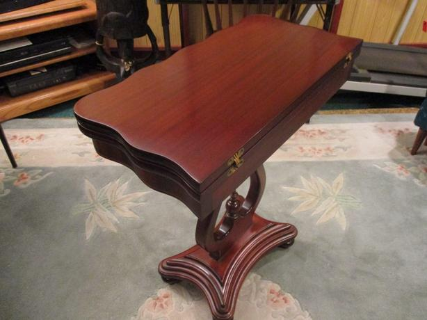 ESTATE MAHOGANY GAMES TABLE
