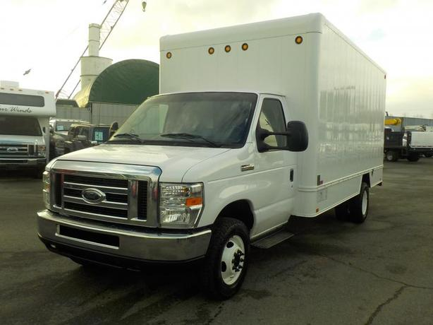 2013 Ford Econoline E-450 15 Foot Cube Van with Rear Shelving