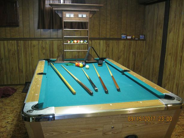 Pool Table North Regina Regina - 3 1 2 x 7 pool table
