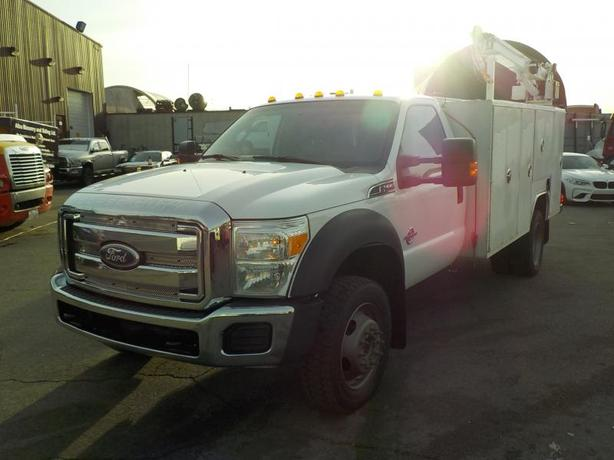 2011 Ford F-550 Regular Cab DRW 4WD With Crane