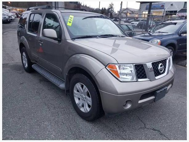 Are you looking for 7 seat afordable SUV? 2006 Nissan Pathfinder