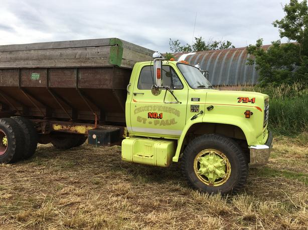 1979 Chev Fire truck 70,000 kms