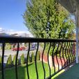 Mount Pleasant 3 Bed + Den 2 Bath 2 Level Duplex w/ 1 Balcony