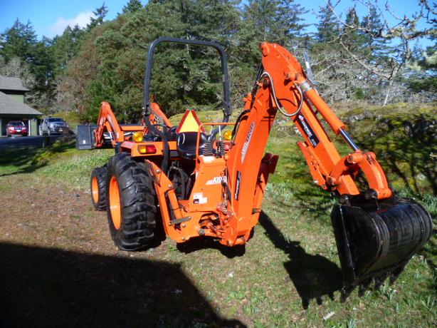 Kioti DS 4510 45hp Tractor with loader and backhoe for sale