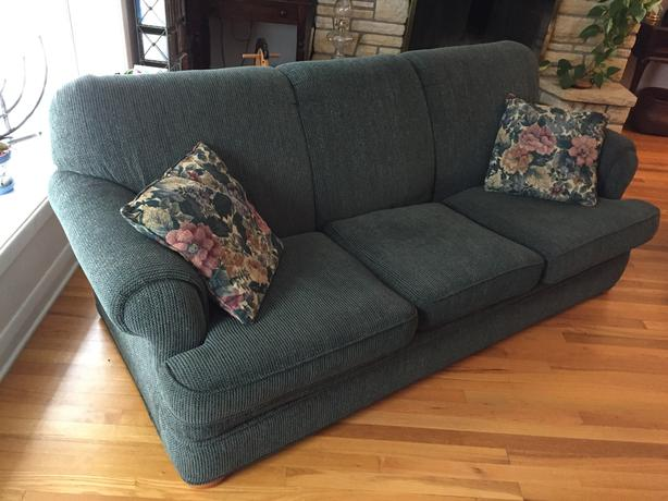 "Sears ""Whole Home"" 3-Cushion Couch (CLEAN)"