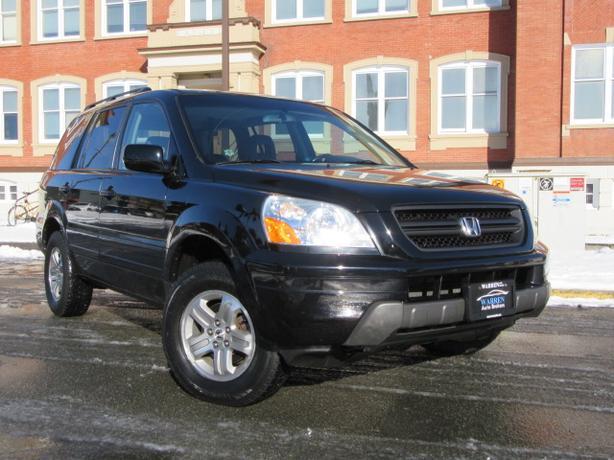 2005 Honda Pilot EX-L, Leather, 4WD, 8 Passenger!