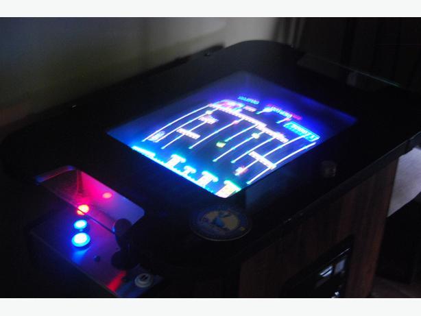 arcade cocktail retro video game