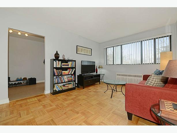 New 1 Bedroom in Mount Pleasant! Near Yonge & Downtown!