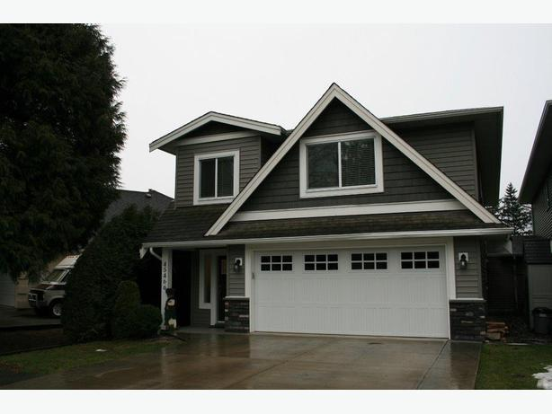 2br - 1100ft2 - 1 Bath Suite for rent (Chilliwack) (Sardis) - April /May