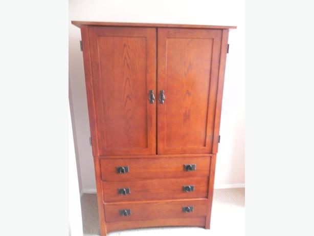 Wardrobe/Dresser