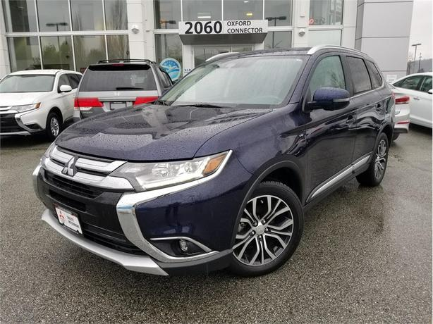 2017 Mitsubishi Outlander GT WITH LEATHER, SUNROOF, 7 SEATS V6