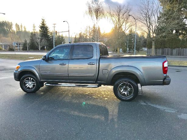 For Sale: 2005 Toyota Tundra Limited $9500 OBO