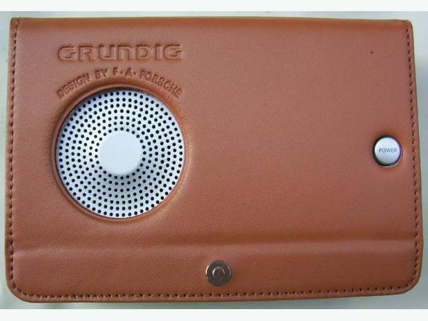 809bc9cc7542 Grundig Porsche Design Digital Travel Radio with Case Vancouver City ...