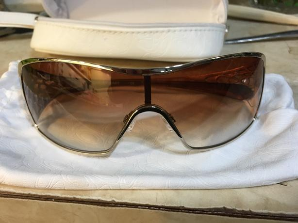 Womens Oakley Dart Gold
