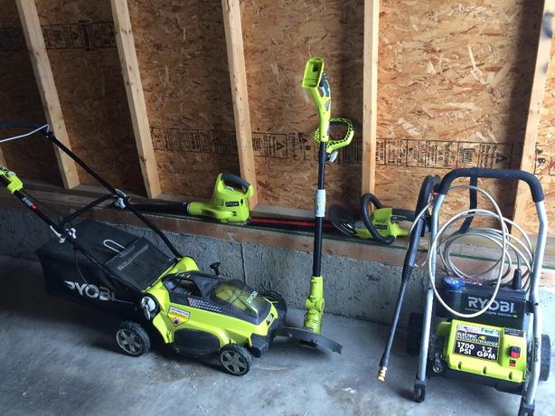 Ryobi One Set of Garden Tools