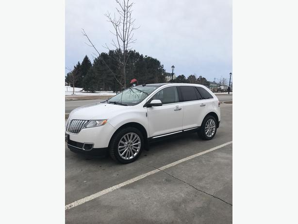 2012 LINCOLN MKX AWD !! HEATED/COOLED LEATHER !! PANO ROOF !!