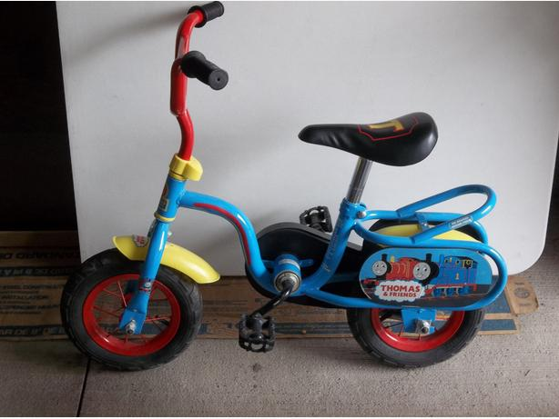 """Thomas and Friends 10"""" Bicycle"""
