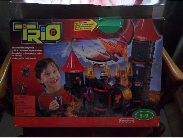 Fisher-Price TRIO Wizard's Castle Building Set. AND Hammerpult set.